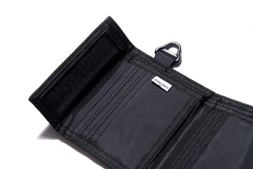 REMIX 17 AW Nylon Trifold Wallet (5)