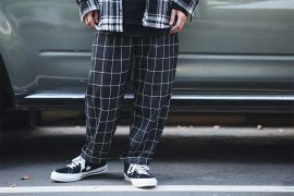 NEXTMOBRIOT 18 SS Black Plaid Loosely Capri-Pants (4)