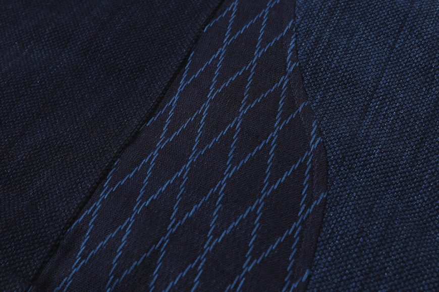 AES 18 AW Aes Japan Indigo Sashiko Coat (4)