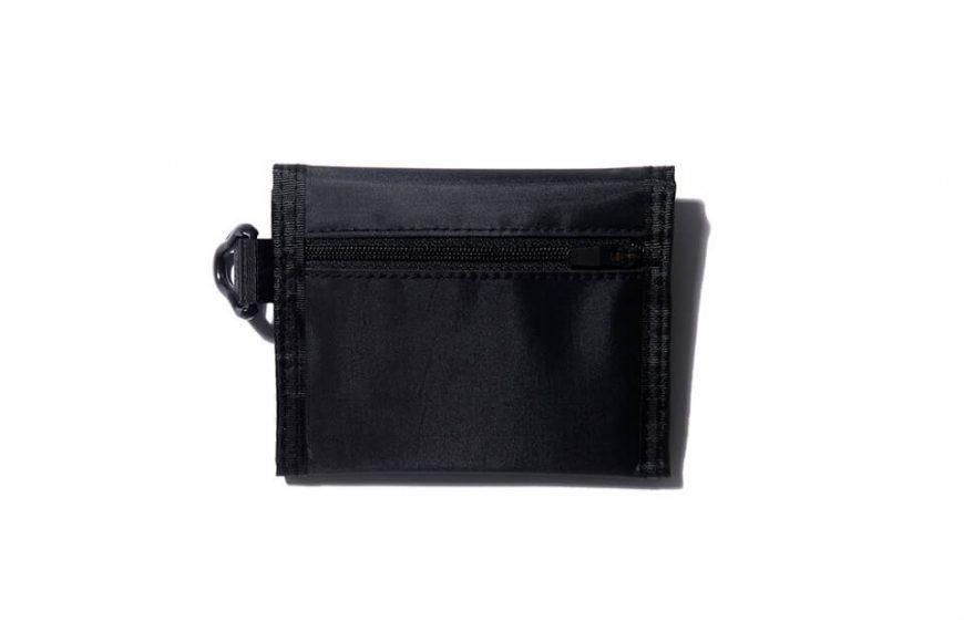 REMIX 17 AW Nylon Trifold Wallet (2)