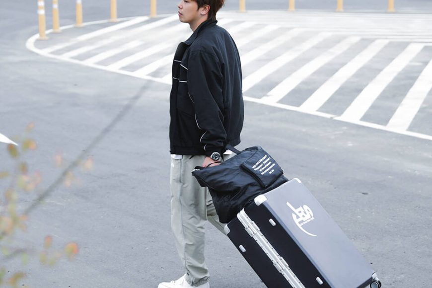 AES 55(六)發售 18 SS 3M Reflective Water Resisant Track Pants (3)
