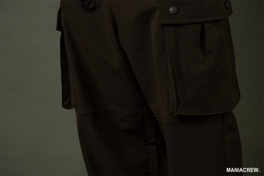 MANIA 19 AW Resiliently Cargo Pants (15)