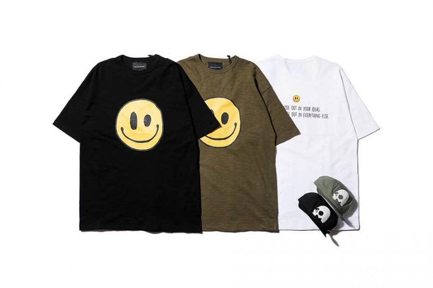 AES 20 AW Smile Face Oversize T-Shirt (1)